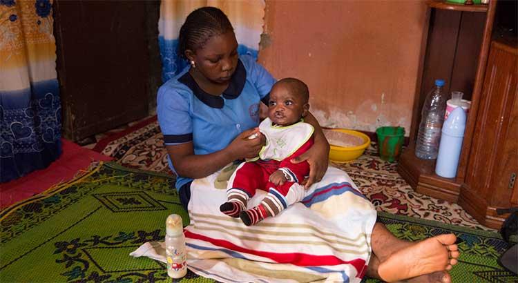 Betreuung Mutter Kind Kamerun 2018