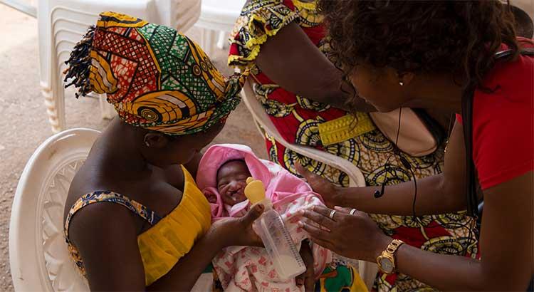 Patientenbilder OP Kamerun 2018